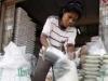 Thái Lan có thể mất vị trí số 1 về xuất khẩu gạo vào tay Việt Nam
